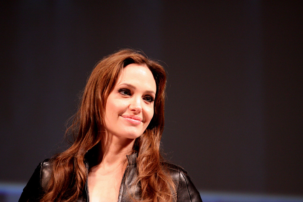 You are currently viewing Angelina Jolie Career