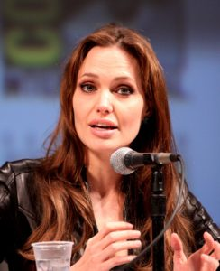 Read more about the article Angelina Jolie